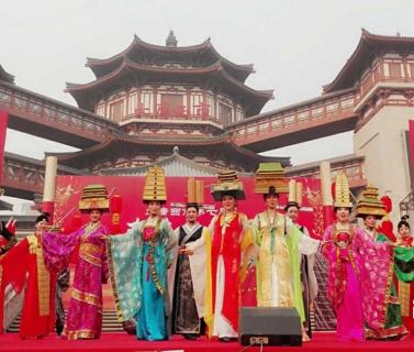 西安春节灯会庙会全